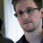 1371935280000-AP-NSA-Surveillance-Snowden-1306221711_4_3_rx404_c534x401