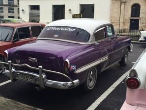 cuba-purple-car-300x225
