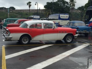 cuba-red-white-car-300x225