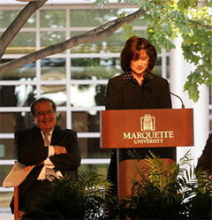 Judge Diane Sykes introduces Justice Antonin Scalia at the dedication of Eckstein Hall