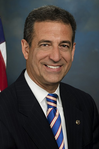 On the Issues: Former U.S. Senator Russ Feingold